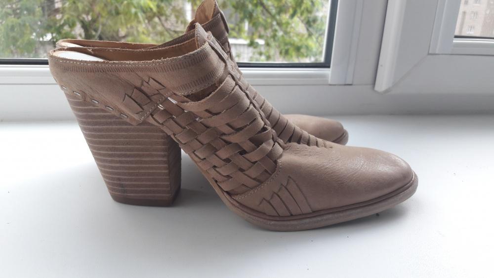 Новые туфли без задника Dolce Vita 9.5 размера натуральная кожа