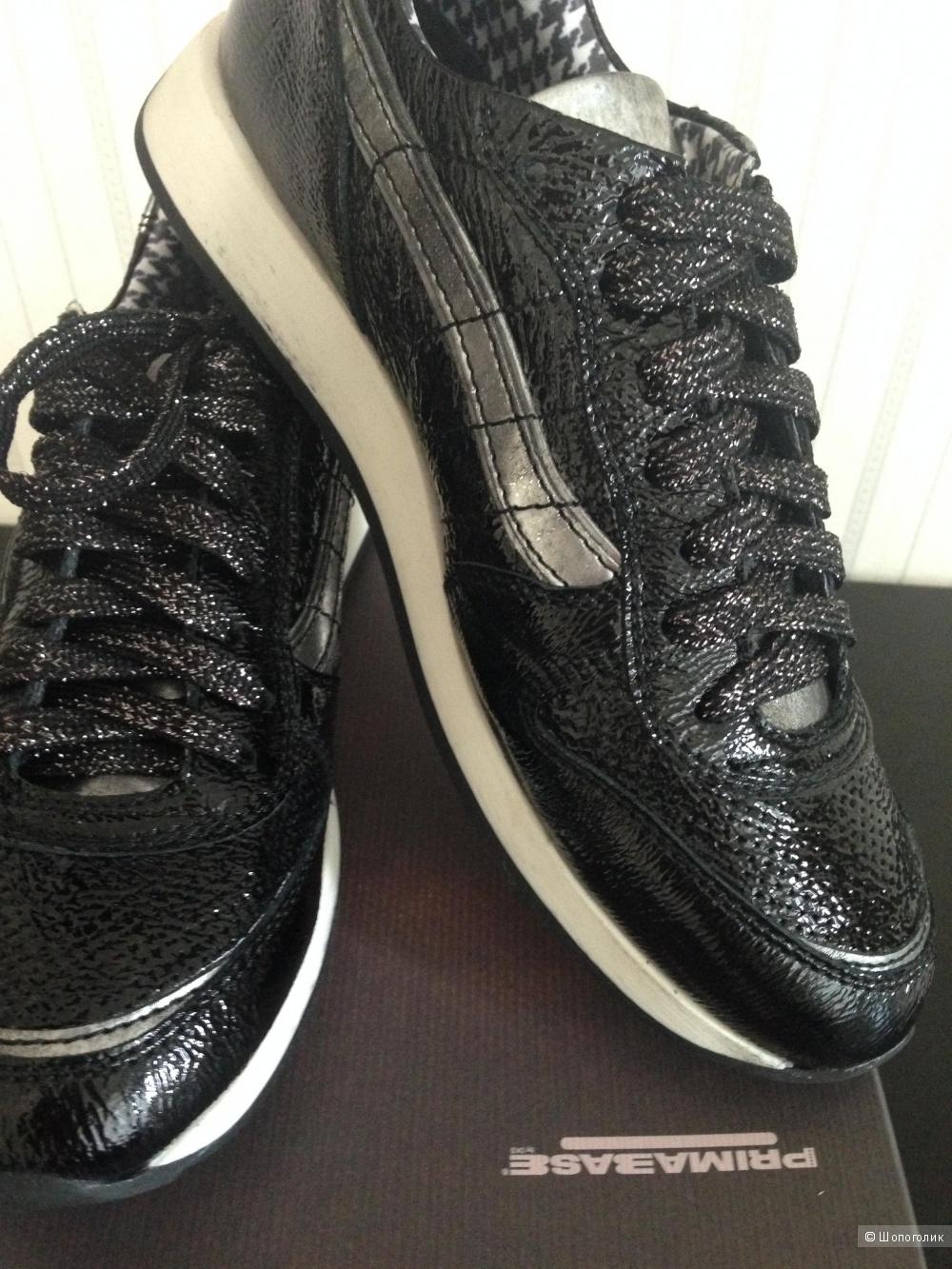 Новые кроссовки PRIMABASE размер 38