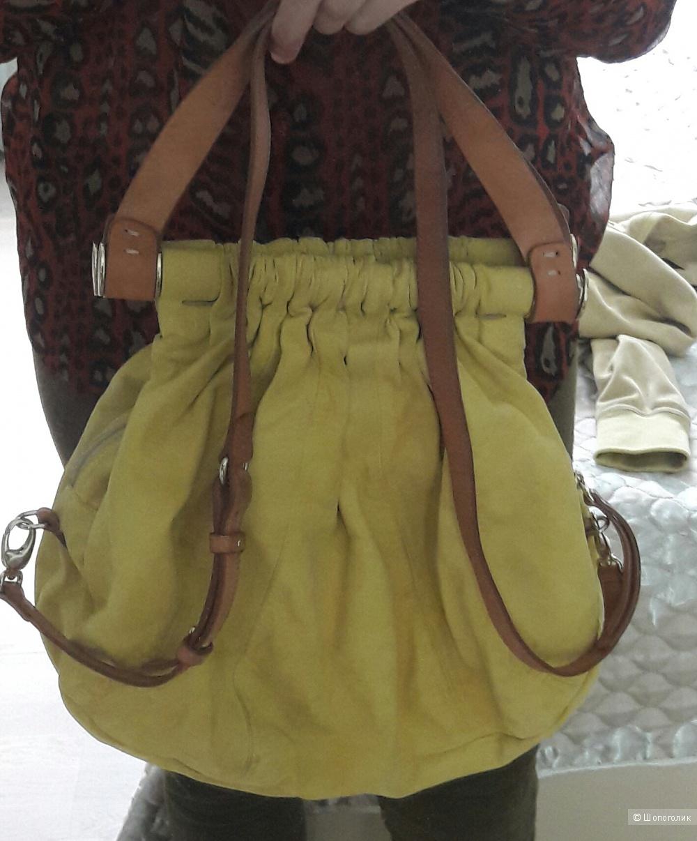 Замшевая сумка Vic