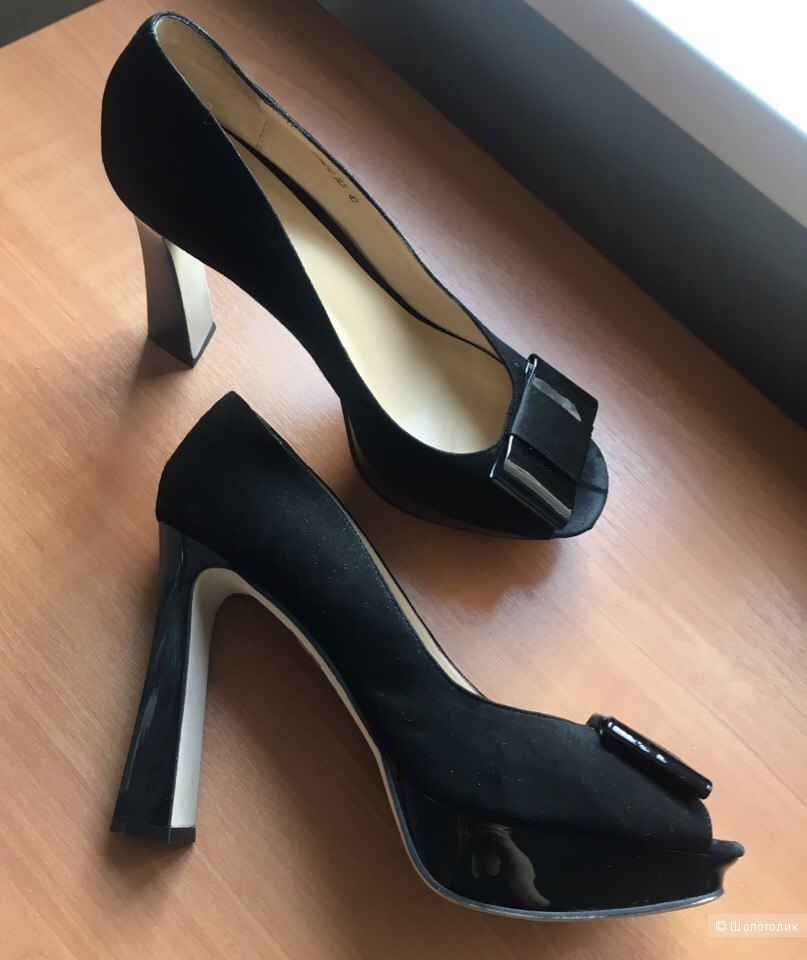 Замшевые туфли Carnaby. Размер 40