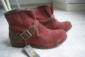 Новые замшевые ботинки Caterpillar 38-39 размер