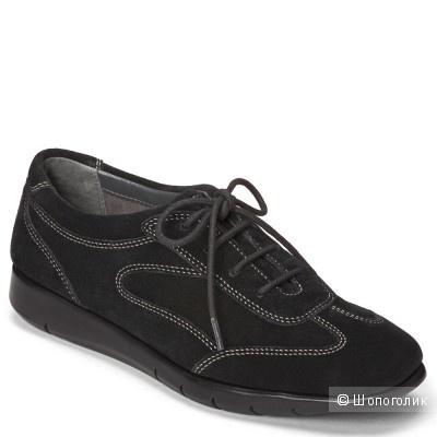 Новые кроссовки Aerosoles размер 9.5US
