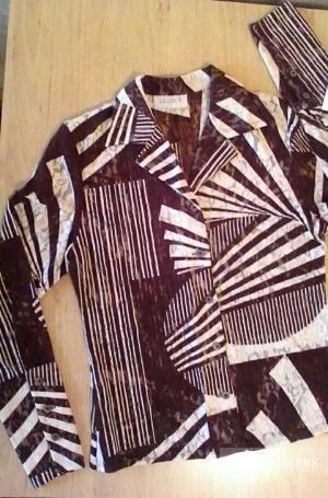 Блуза-батник  р.44-46 кружево бежево-коричневая.