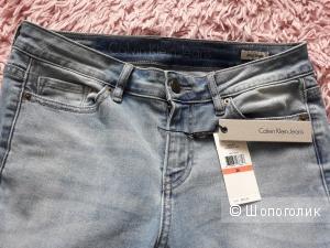 Джинсы женские Calvin Klein, 26 размер