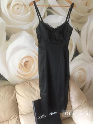 Платье Dolce&Gabbana 44 размер