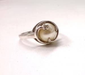 Кольцо жемчуг размер 18 серебро 925
