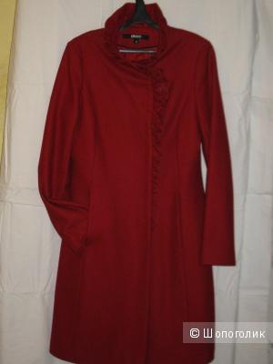 Пальто DKNY размер 10