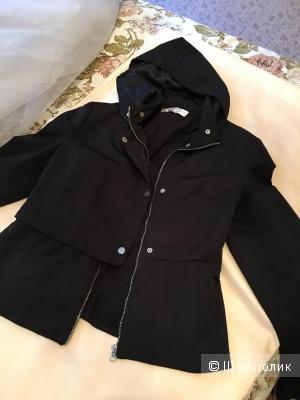 Женская куртка 44-46 размер