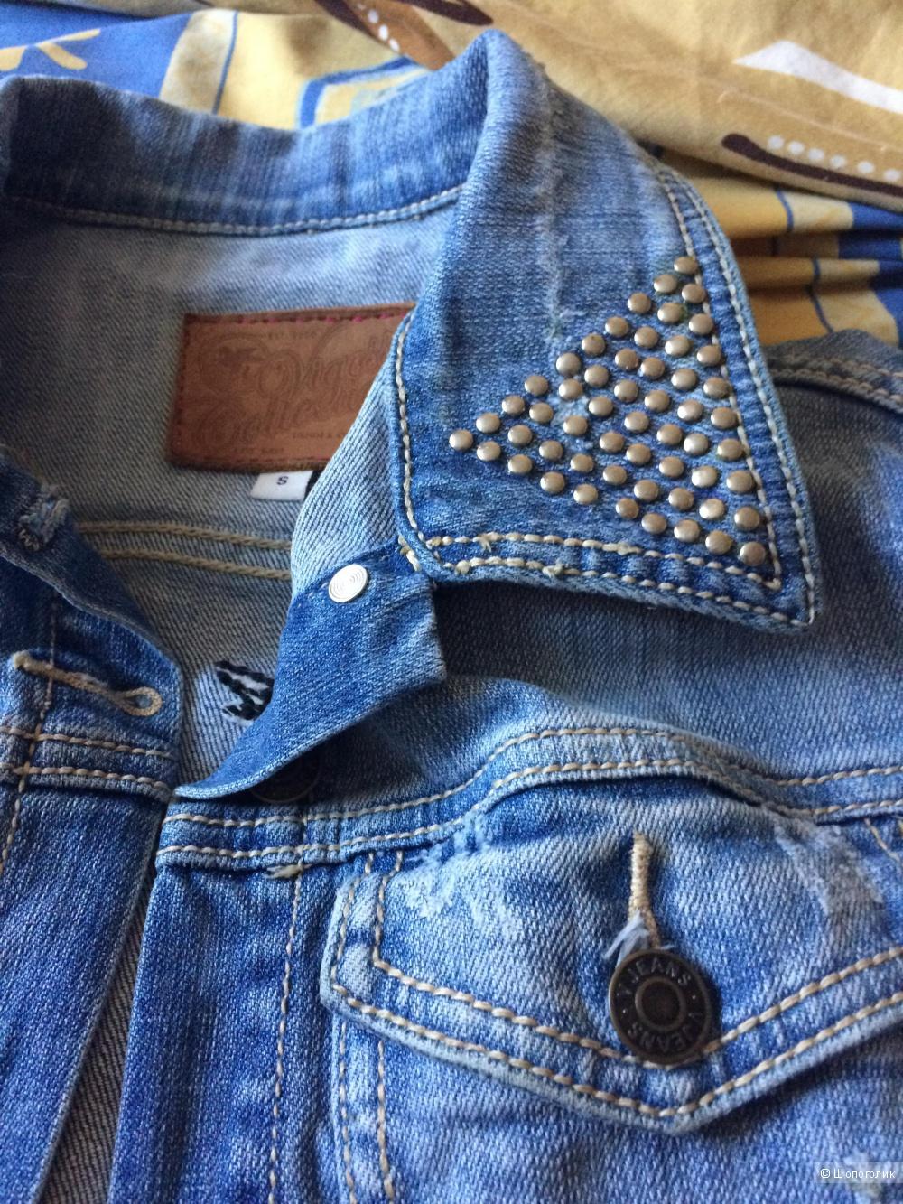 Джинсовая курточка Vigoss в размере S
