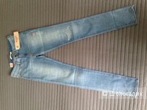 Levi's 711 26х32 новые женские джинсы