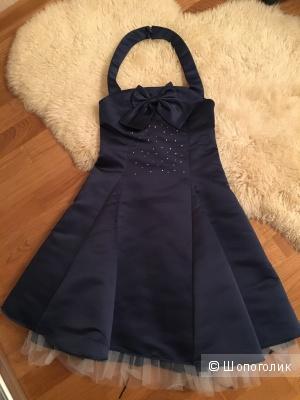 Платье на девочку рост 146см Gulliver