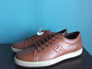 Новые кожаные кеды Hogan, размер 42-43