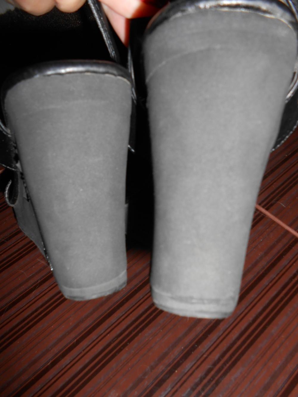 Босоножки Skechers  ( на размер 38 - 39 )