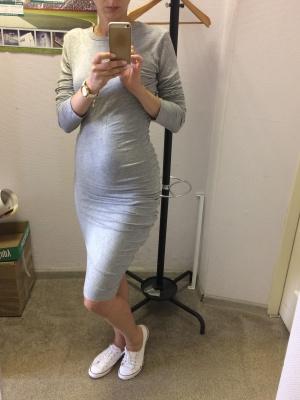 Платье с длинным рукавом р-р 42