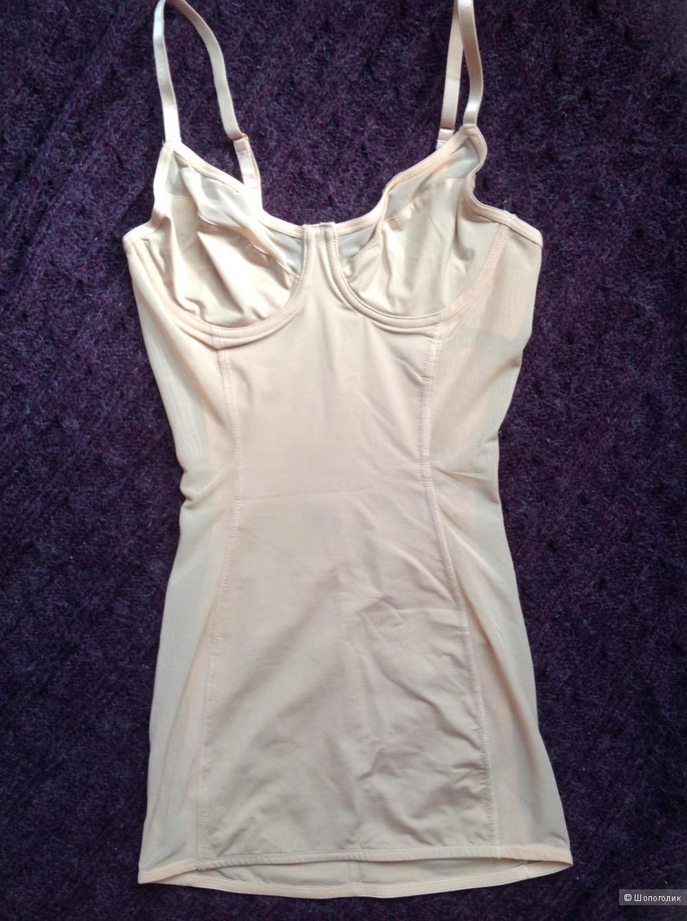 Сорочка с корректирующим эффектом и чашечками на косточках ASOS SHAPEWEAR, разм. 40 B/C