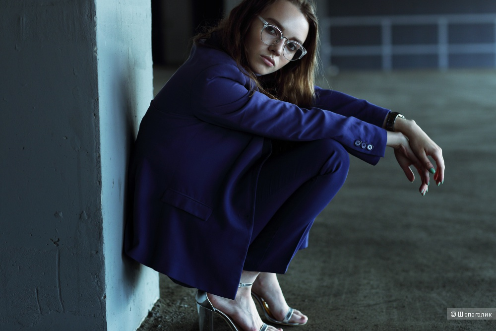 Брючный костюм Benneton. Пиджак UK10, Брюки UK12