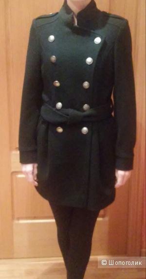 Шерстяное пальто, размер 42-44