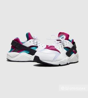 Новые кроссовки nike huarache 39