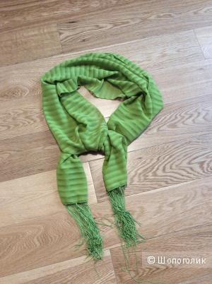 Летний яркий шарфик с бахромой 50*160 см