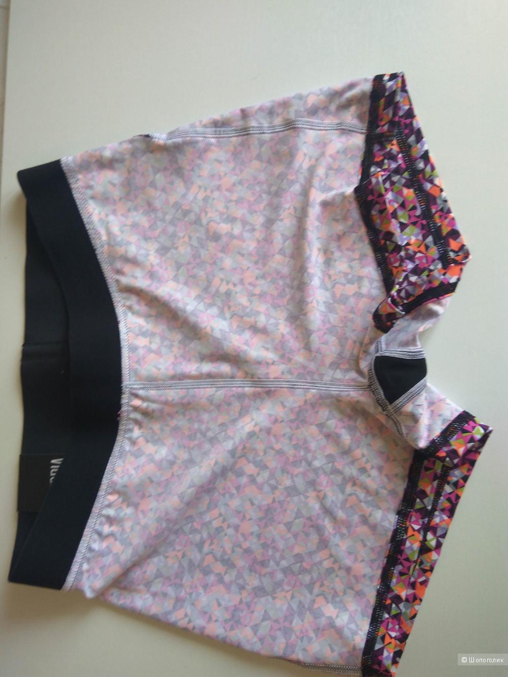 Спортивные шорты Victoria's Secret  разм. М