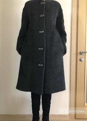 Осеннее трапециевидное пальто 44-46
