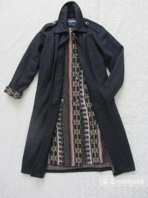 Пальто азиатского бренда Aporia,  маркировка M (на р.42-44)