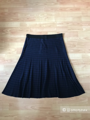Трикотажная новая юбка VIS-A-VIS  размер L/96