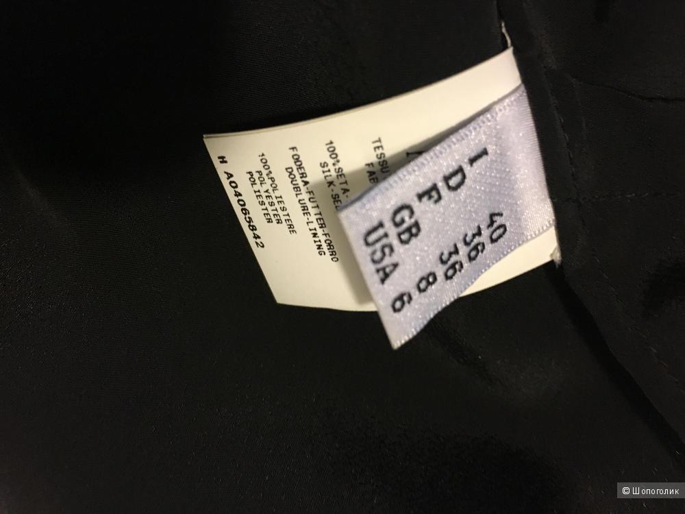 Маленькое чёрное платье Moschino размер S.