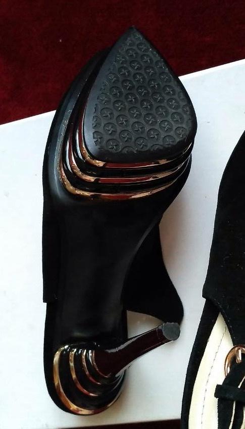Роскошные замшевые туфли Ramonitenza, р-р 36,5 - 37.
