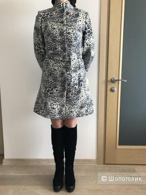 Пальто демисезонное S 42-44