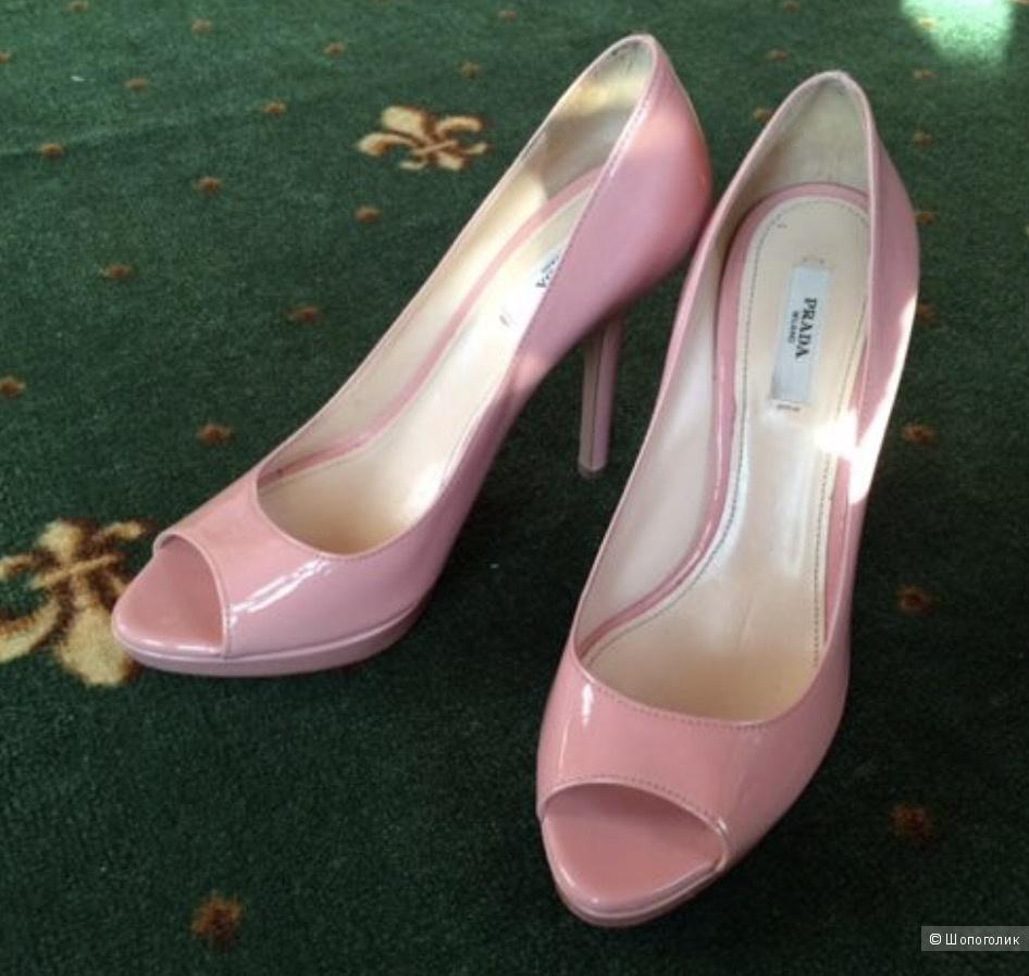 Туфли Prada 38 р.