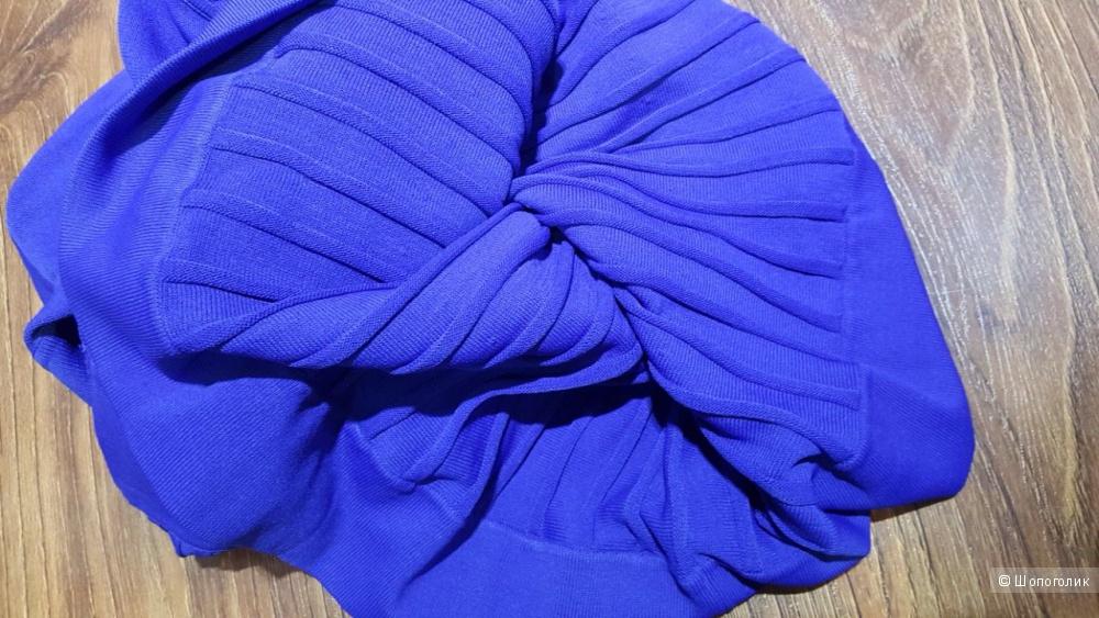 Calvin Klein васильковое плиссированное платье. р.44. Новое.Оригинал