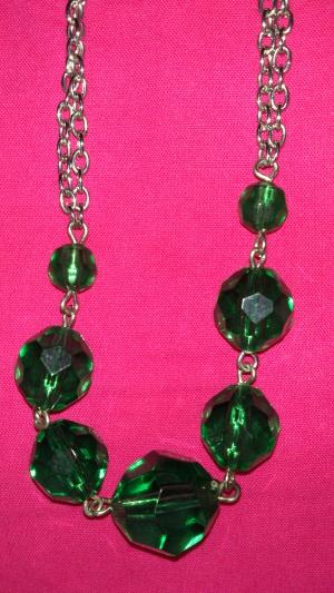 Бусы с зелеными шариками, Lady Collection