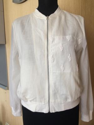 Льняная белая курточка , размер 44-46
