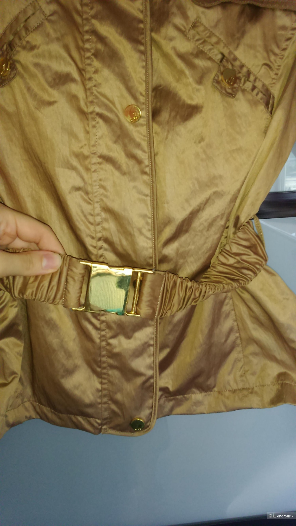 Motivi ветровка куртка бежево-золотистого цвета размер 42