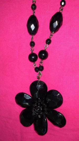 Колье с черным цветком, Lady Collection