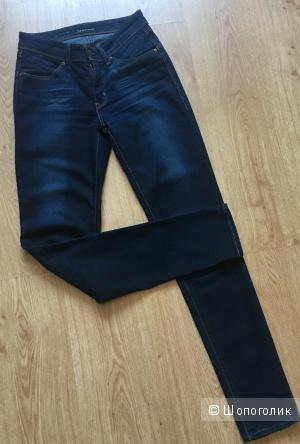 Женские джинсы размера 24 фирмы l'evis моделирующей серии (demi curve)