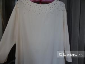 Нежная блуза со стразами, размер 48-50, б/у