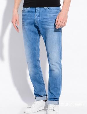 Новые мужские светлые джинсы Calvin Klein, размер - W32, L34.