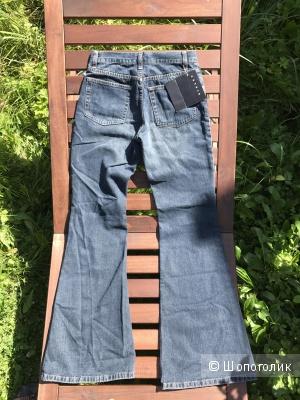 Новый джинсы клёш Sisley, размер 38 итальянский.