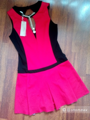 Платье GILL SANTUCCI Италия (спорт-шик) в размере 44(IT)44-46 росс.