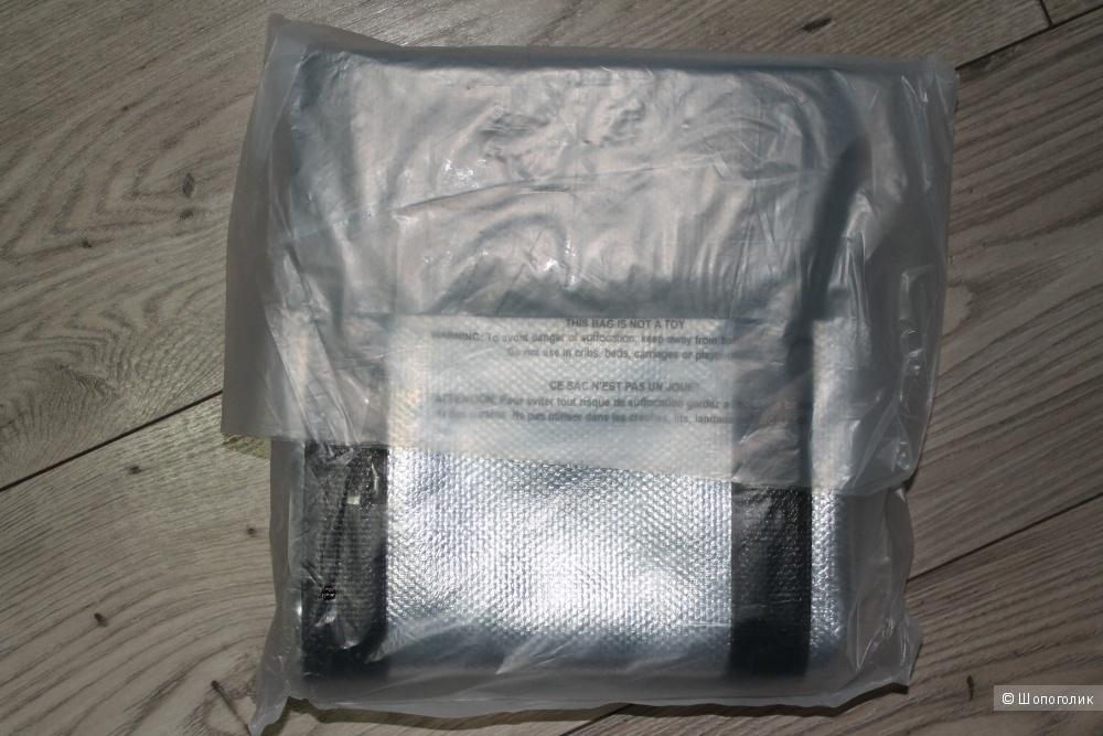 Victoria's Secret сумка - weekender, серебристая с черным
