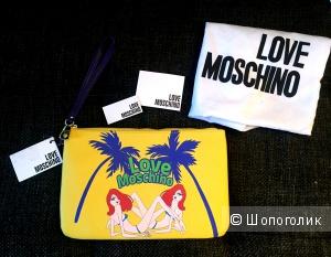 Новый Клатч Love Moschino