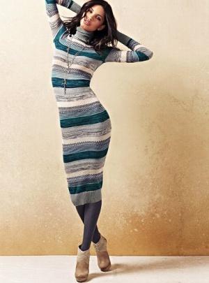 Платье-водолазка Victoria's Secret Striped Turtleneck Sweaterdress, размер M