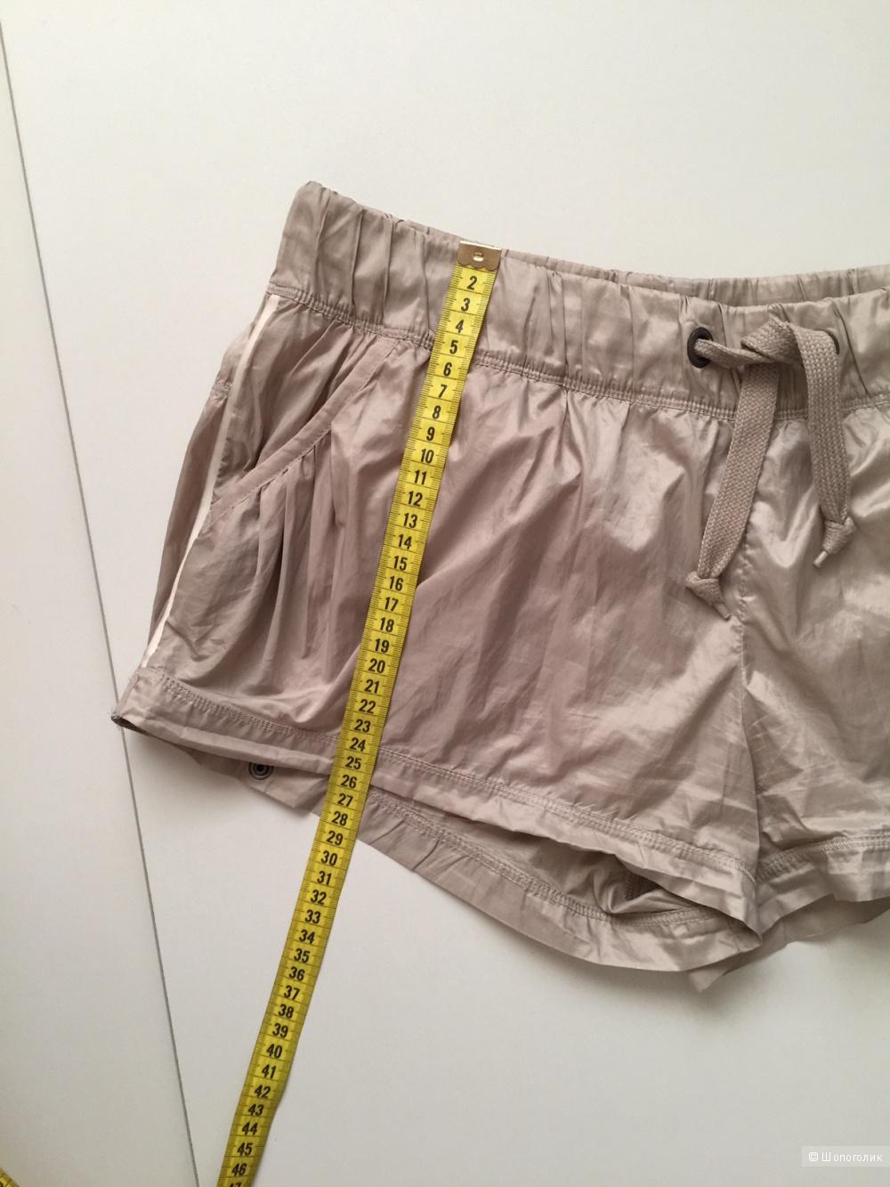 Супер шорты от марки Stella Mccartney adidas размер 44-46