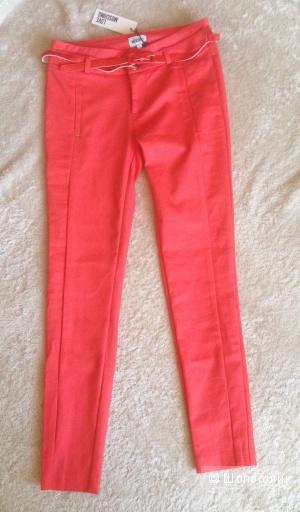Новые коралловые брюки 29размер.