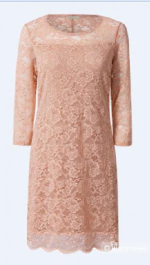 Пудрово - персиковое платье Intimissimi - красивое кружево. 42-44