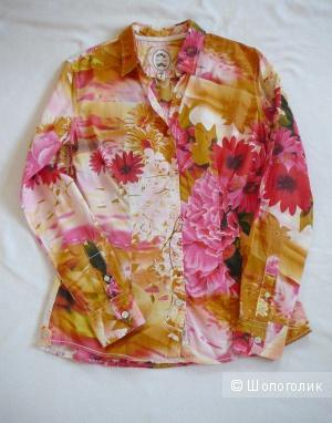 Стильная рубашка с цветами GANESH р44-46