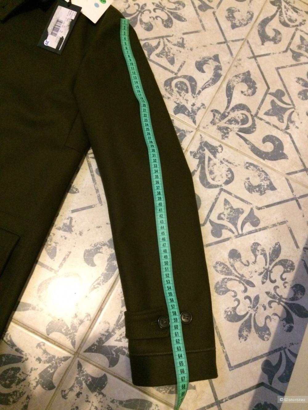 Peuterey, сделано в Милане ,пальто мужское , 50 размер