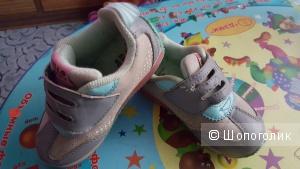 Кроссовки на девочку Hello Kitty 25 размер